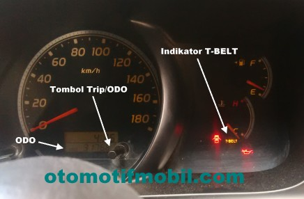 Indikator timing belt dan tombol reset